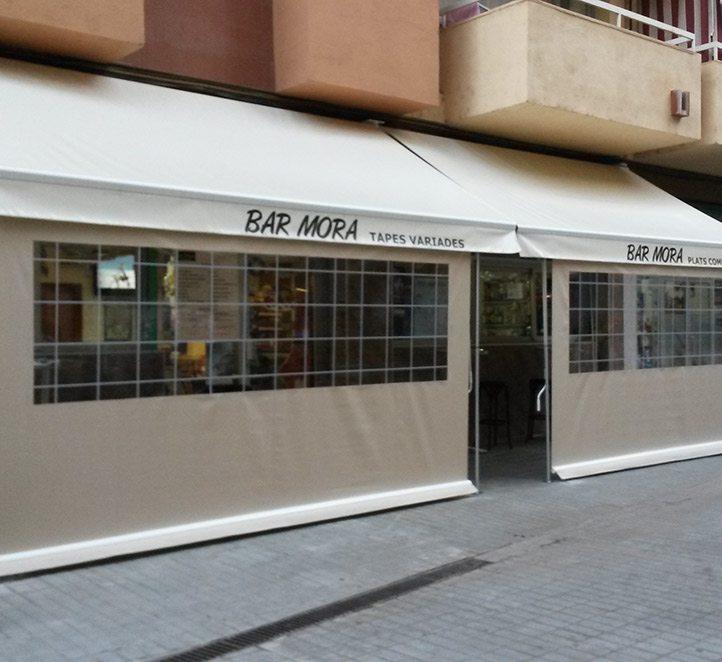 cerramientos con verticales nuestros toldos en Barcelona