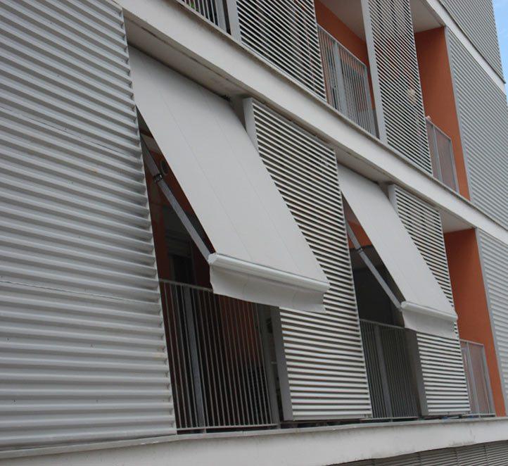 Toldos punto recto toldos de diseño en Barcelona