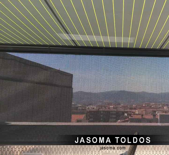 un magnífico toldo cofre 6000 instalación en Barcelona