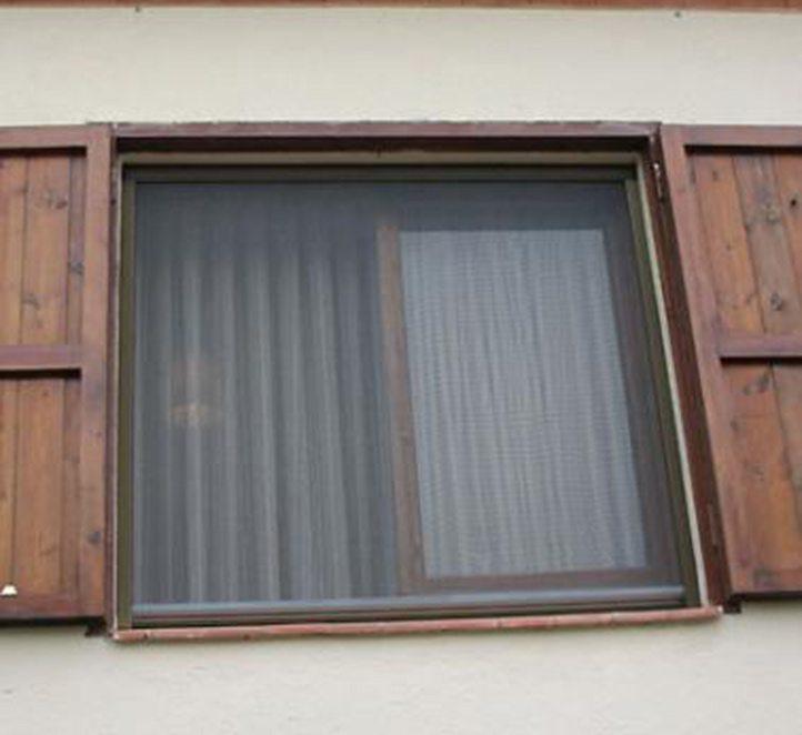 mosquiteras cortina técnica y toldos de calidad en Barcelona