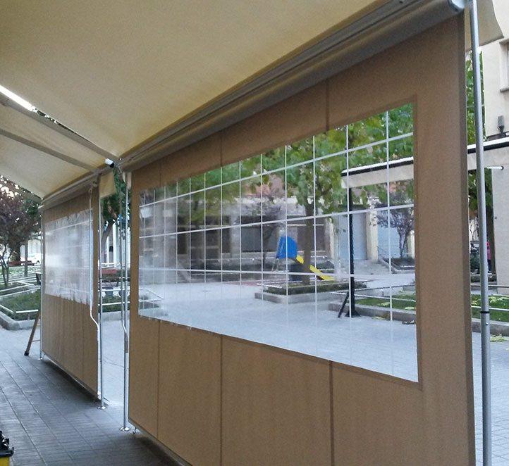 toldos verticales con cortaviento ejemplo de instalación en Barcelona