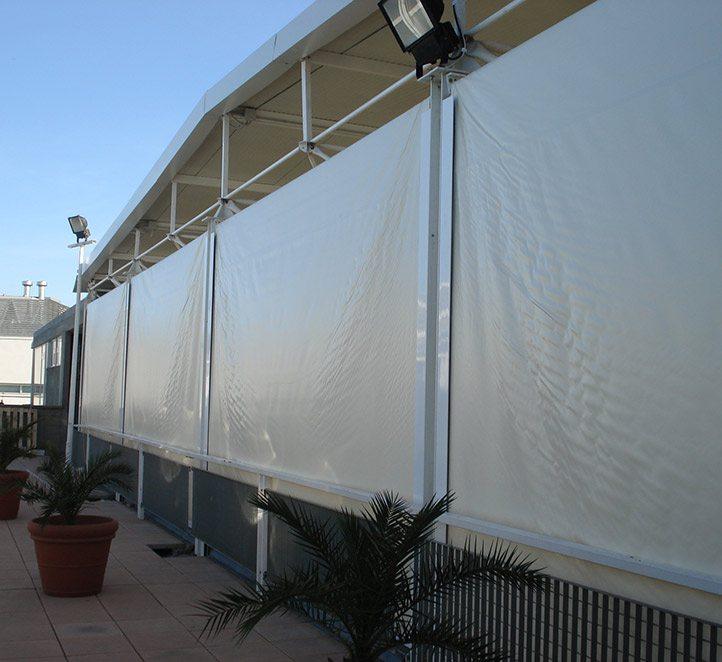toldos verticales con guía toldos en Barcelona