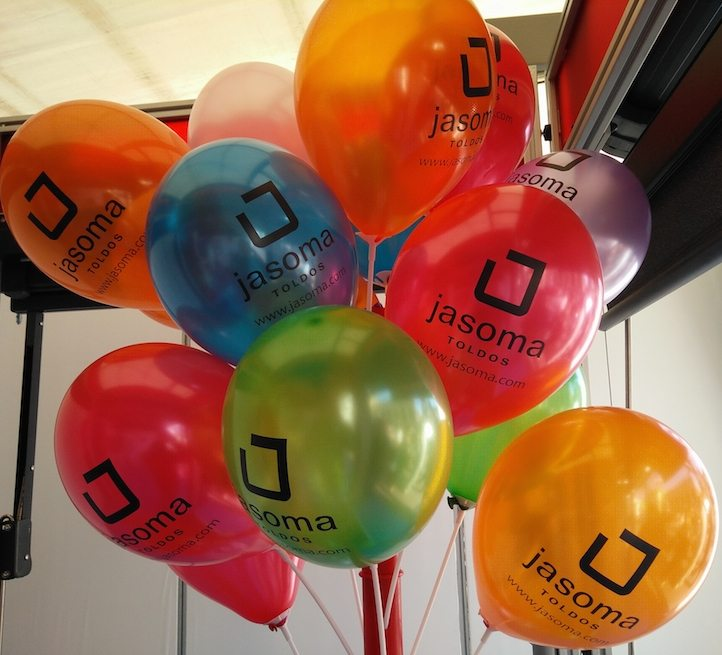 merchandising de Jasoma en la fira de la candelera