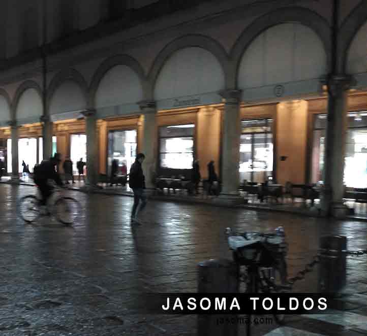 toldos en Barcelona y formación de Corradi